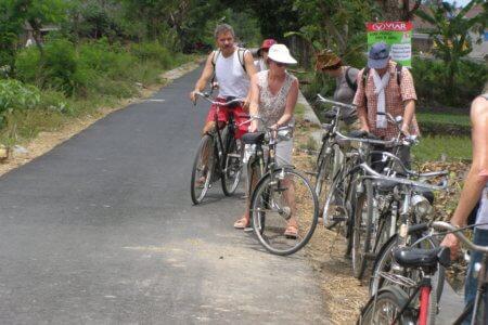 balade à velo dans la campagne javanaise