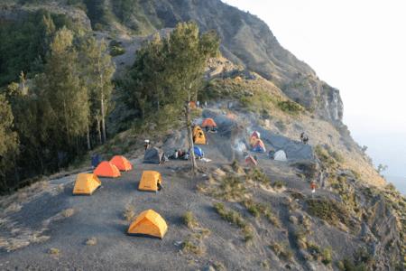 Ascension du volcan Rinjani à Lombok , première étape camps