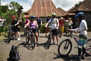 Point de départ pour une ballade à vélo sur Ubud à Bali