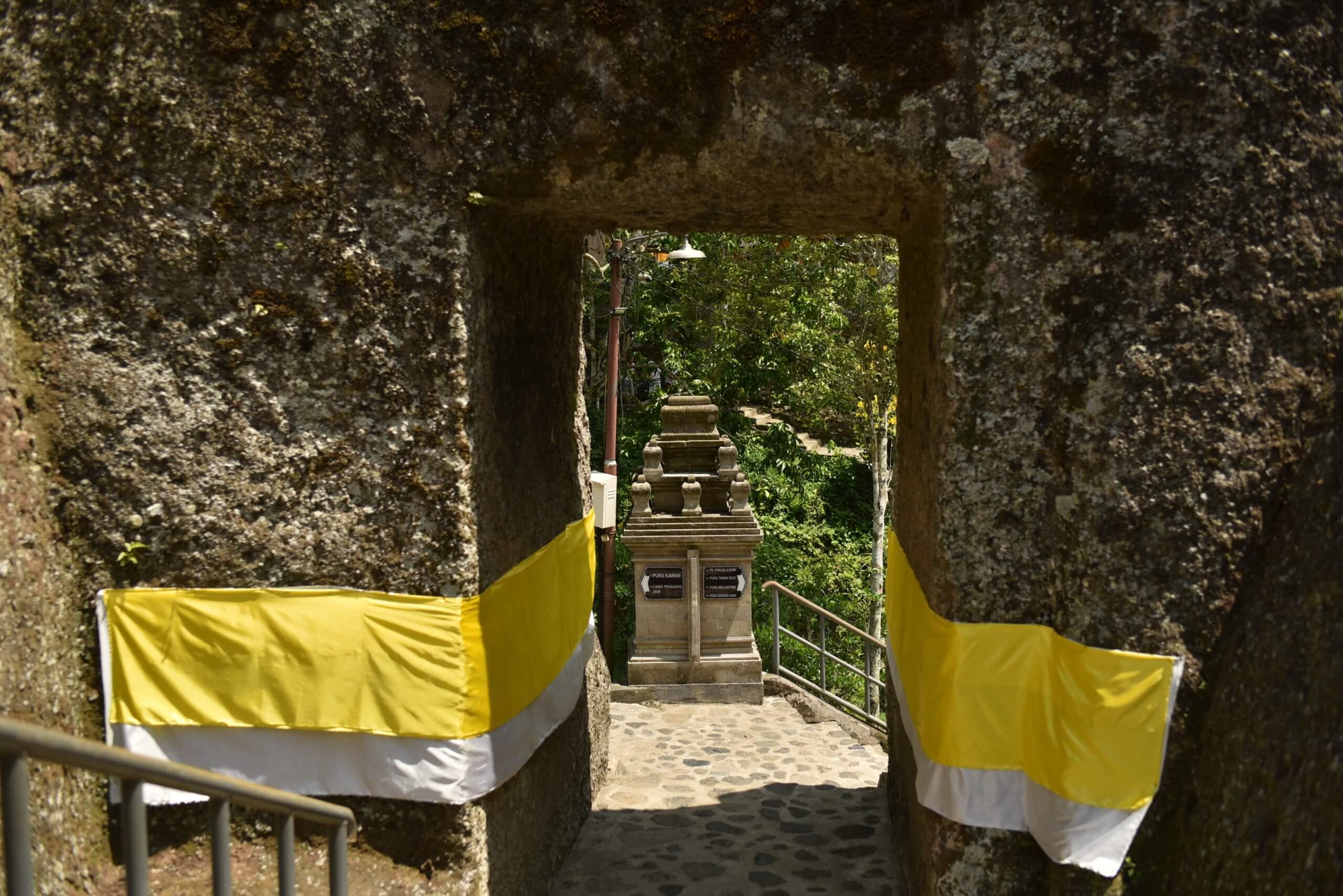 Entrée du temple de gunung kawi bali