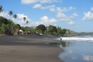 La plage de Balian à Bali