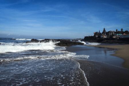 Batu Bolong spot de surf beach break à Canggu Bali