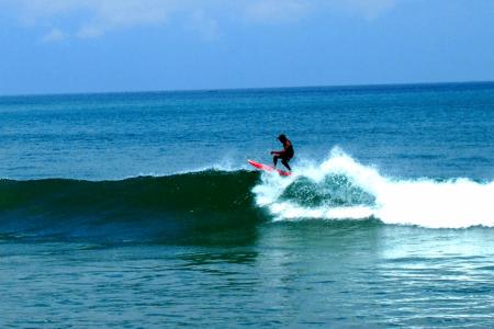 Surfeur à Bali