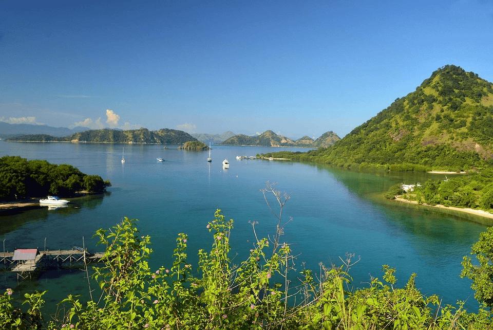 Ville de Labuhan Bajo à Flores Komodo national park