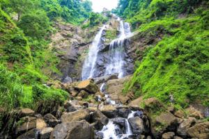 Cascade de Lawa au centre de Java
