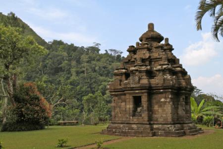 Temple de Selogriyo sur l'île de Java en Indonésie