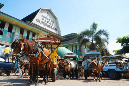 Marché de Gunung Sari à Lombok