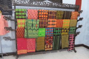 Ikats et Songkets du village de Sukarara à Lombok