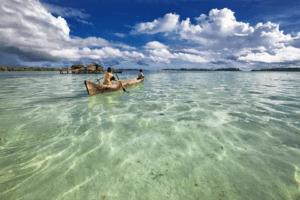 Indonesie Bateau sur les îles Togian