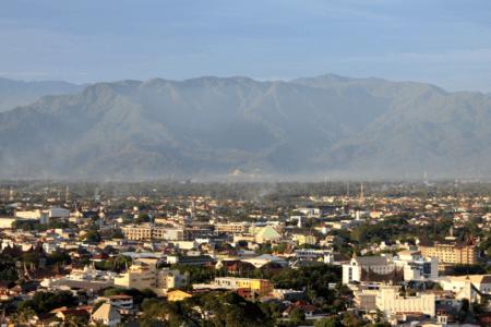 Ville de Padang à Sumatra en Indonesie