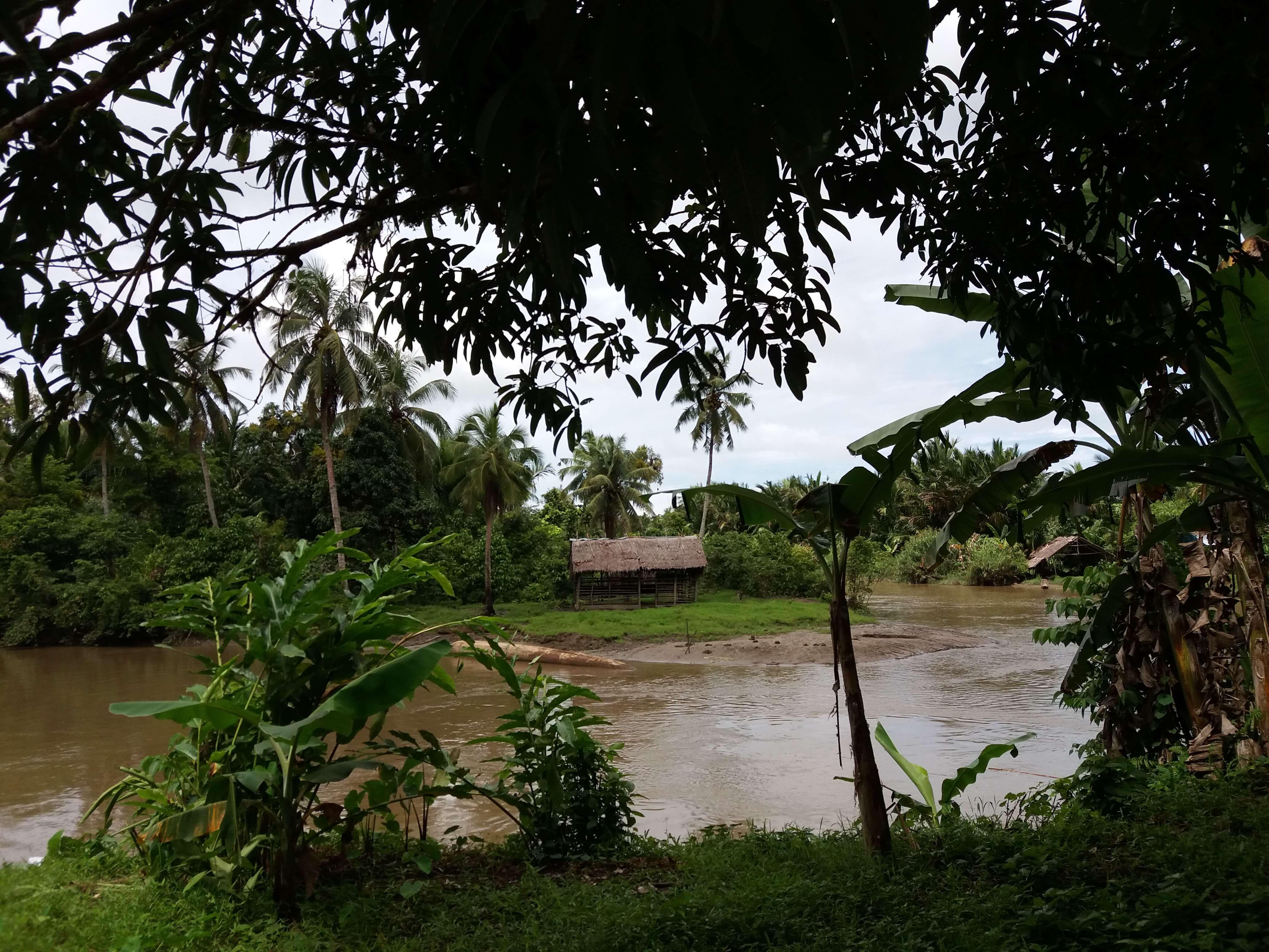 Riviere de Siberut aux Mentawai Sumatra