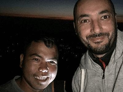 Voyageur Archipel360 avec son guide