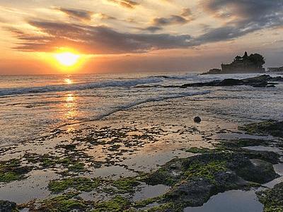 Coucher de soleil à Tanalot sur l'ile de Bali