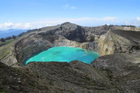 https://archipel360.com/wp-content/uploads/2019/02/archipel360-Flores-Moni-Kelimutu-.png