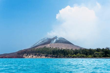 Parc national Ujun Kulon Krakatau volcan Krakatoa