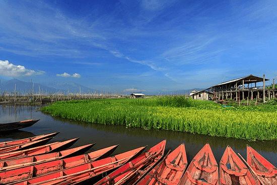 Lac de Rawa Pening à Java