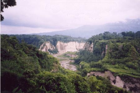Syanok Valley Syanok canyon près de Padang à l'ouest de Sumatra