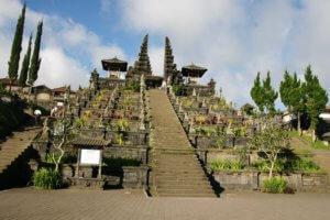 Temple de besakih sur l'ile de Bali en Indonésie