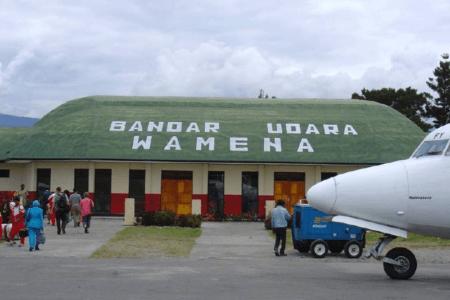 Aéroport de Wamena en Papouasie Occidentale