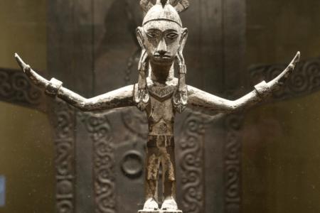 Sculpture en bois Nias Sumatra