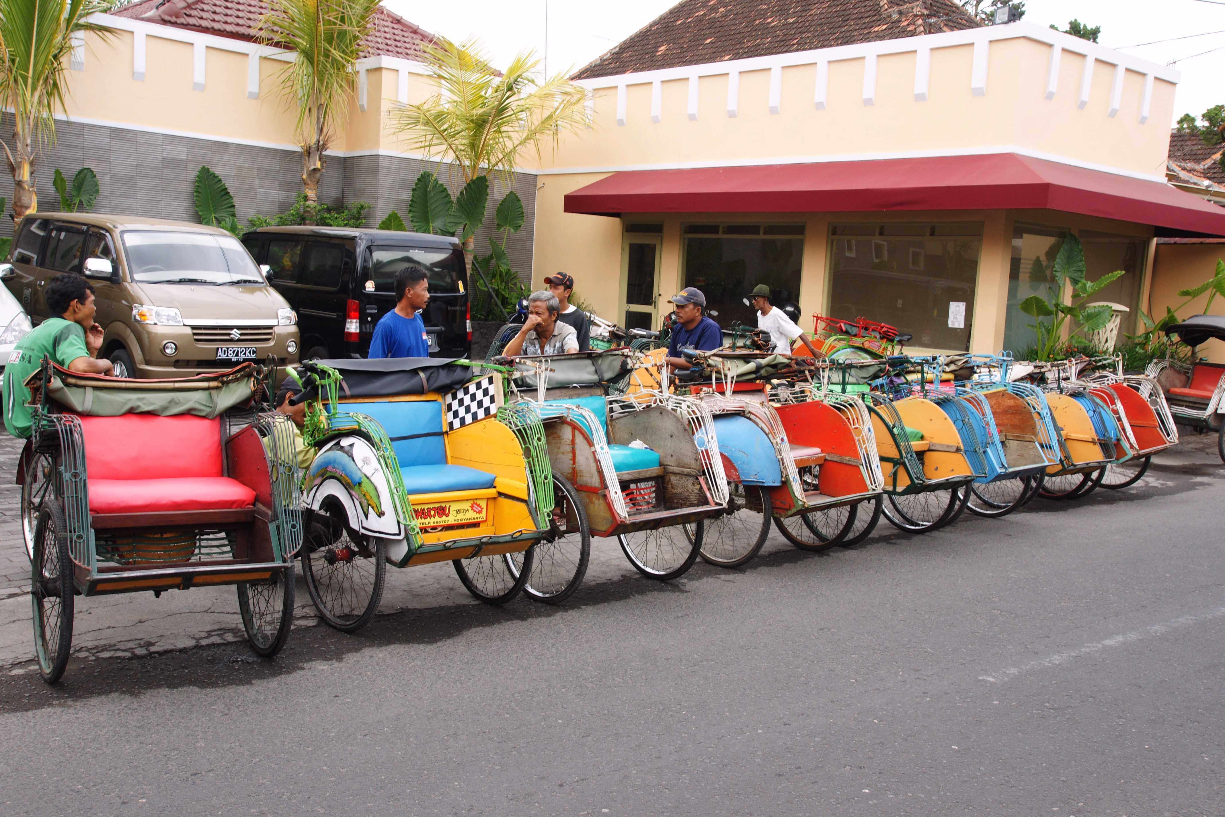 Becak (pousse pousse) en Indonesie