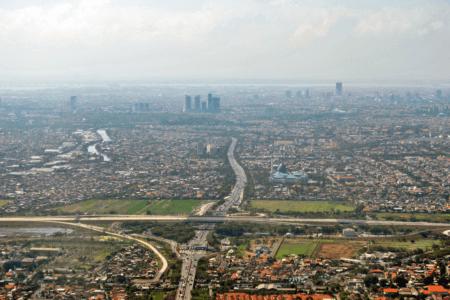 Vue plongeante de Surabaya en Indonesie