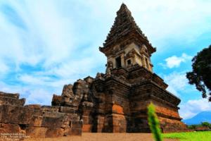 Le temple de Candi Jawi à Java