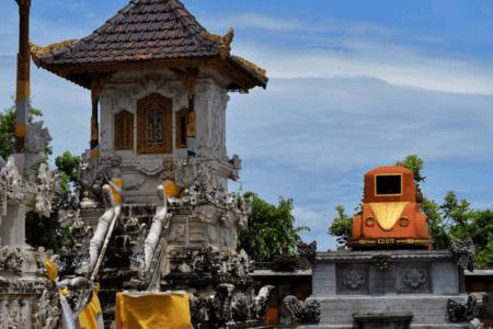 Le temple de Paluang sur l'île de Penida
