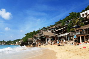 La plage de Bingin à Bali