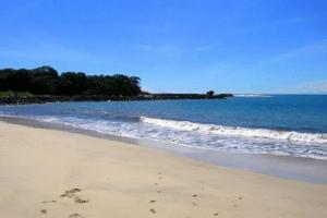 La plage de Carita à Java