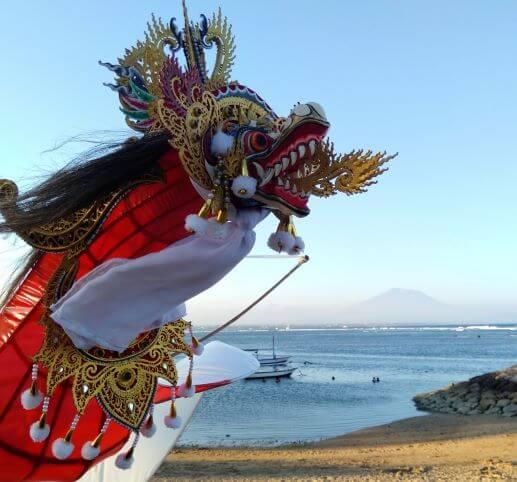 Barong en cerf volant à Bali