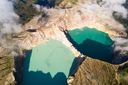 Le volcan Kelimutu Sur Flores