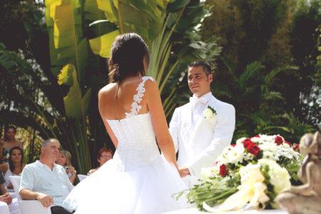 Célébration d'un mariage à Bali